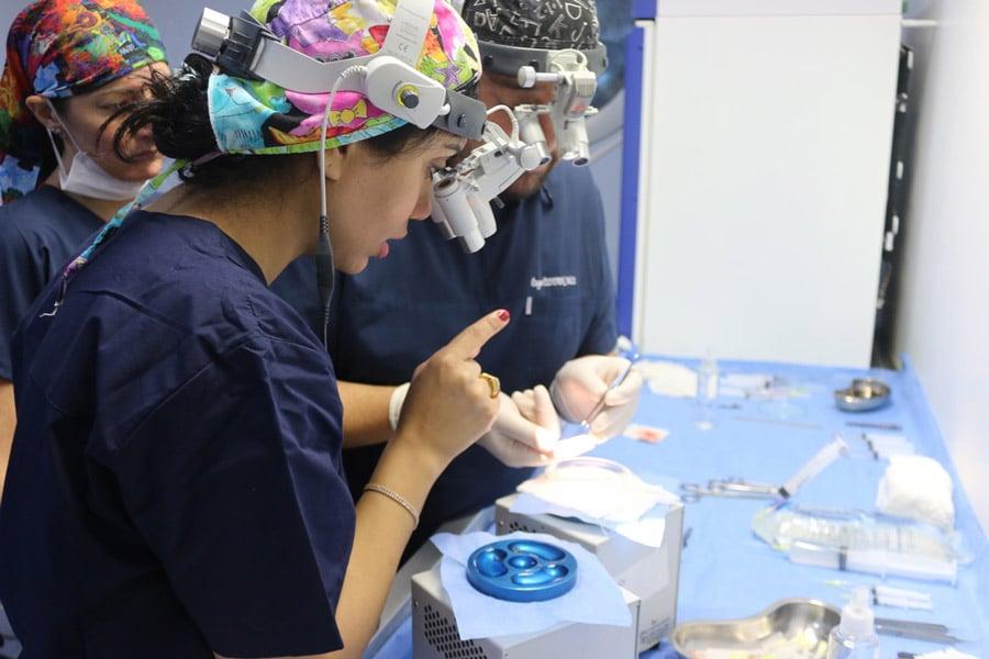 Консультация и подготовка к трансплантации волос