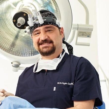 Доктор Озгюр Озтан