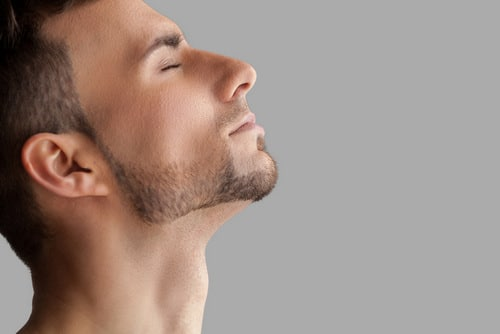 очаговая алопеция бороды