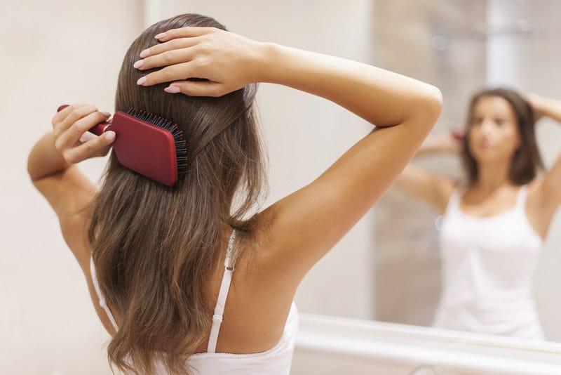 как правильно расчесывать волосы
